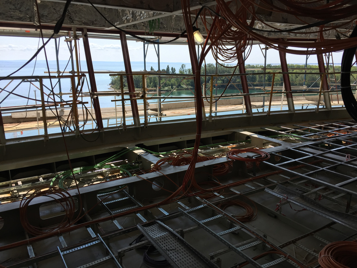 carnival vista under construction